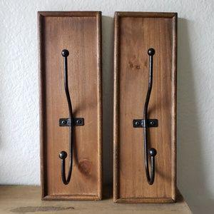 Wood Look Hanging Wall Hooks (set of 2)
